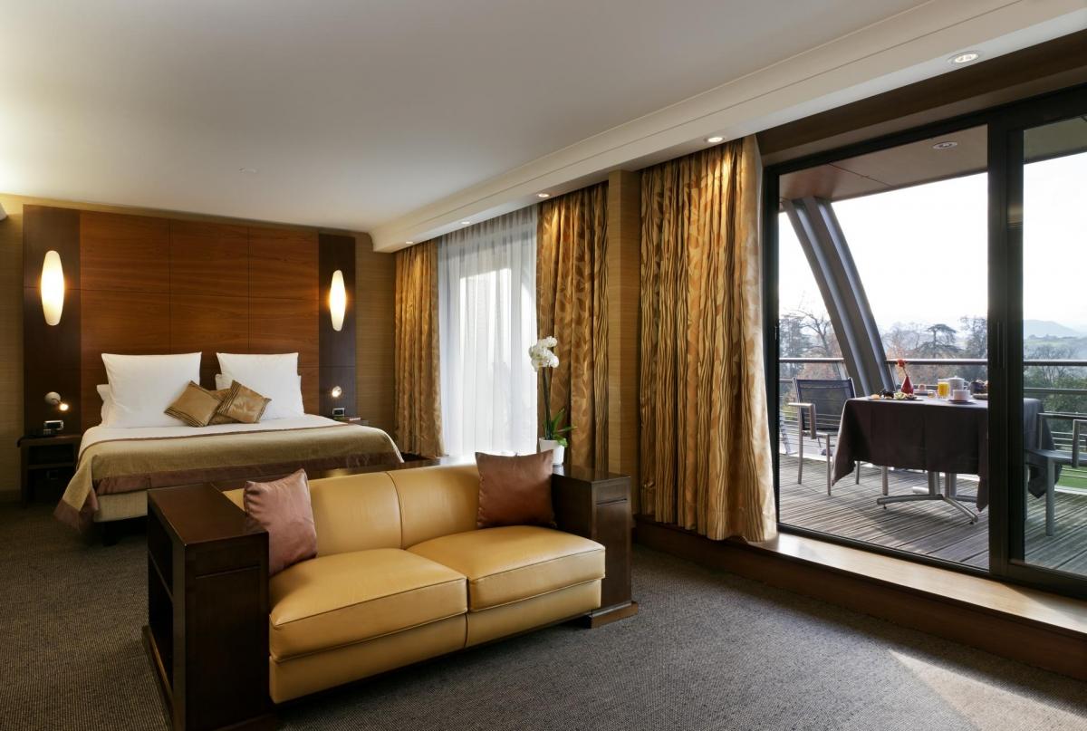 Hôtel Plaza de Lunont Junior-suite-hotel-beaumont-4