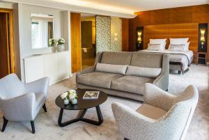 suites 0087 D-2 R1 rec